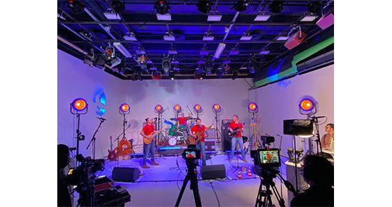 Un Max de concerts en Studio
